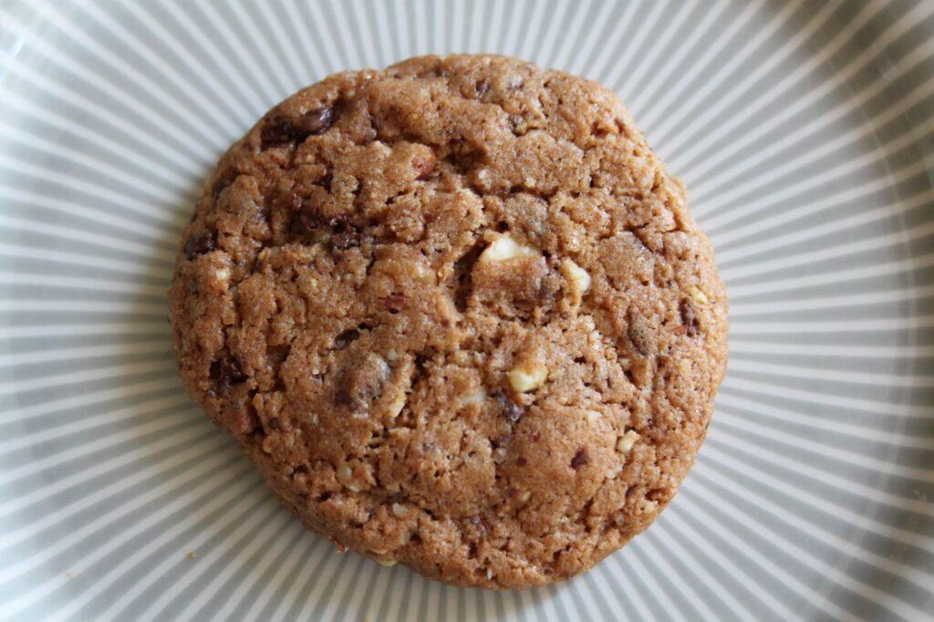 Lav hurtige Cookies med mandler og mørkchokolade, Nydnuet ;-)